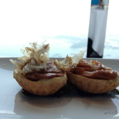 Tarts filled with duck.